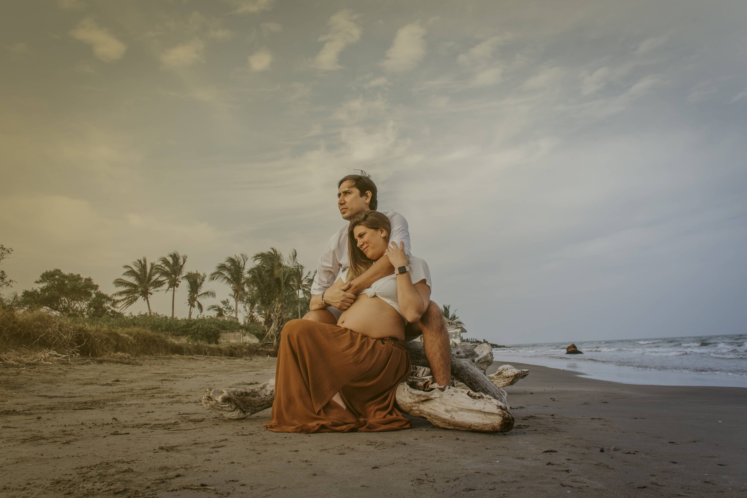 María + Luis Maternity Session